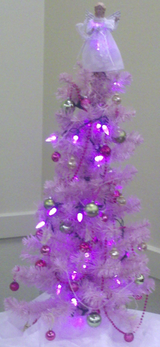 My sister Diane's pink Christmas tree.